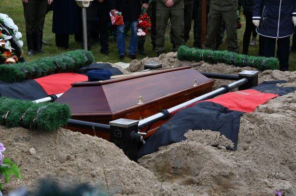 Похороны погибшего офицера КГБ Дмитрия Федосюка - Sputnik Беларусь