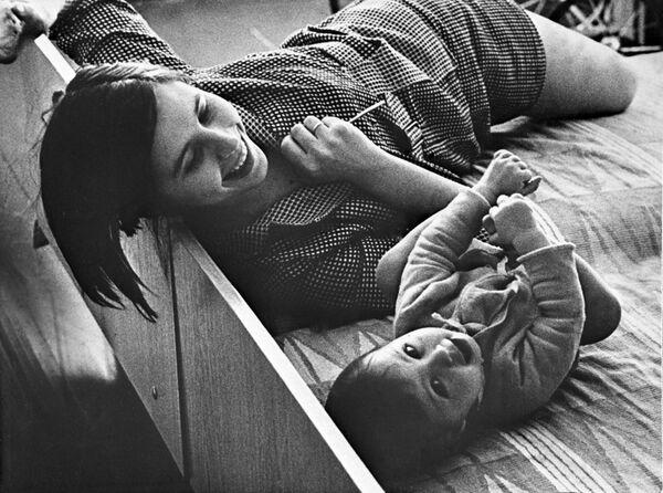 """Праца фатографа Р. Ракаўскаса """"Раніца"""", 1970-я. - Sputnik Беларусь"""