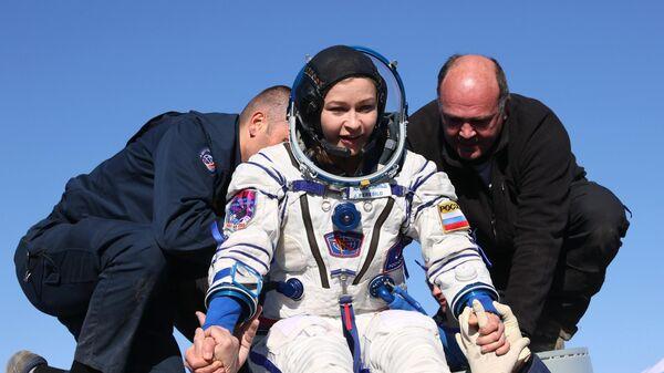 Экипаж корабля Союза МС-18 вернулся на Землю - Sputnik Беларусь
