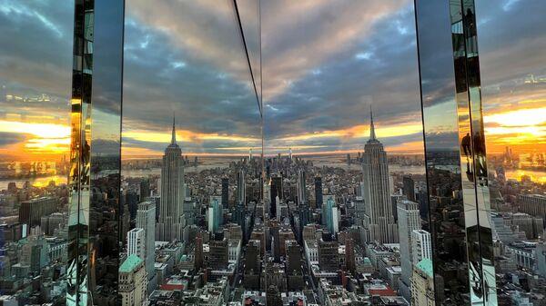Самая ўражальная назіральная пляцоўка са шкла: пад нагамі Нью-Йорк - фота - Sputnik Беларусь