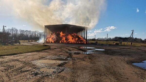 Пожар на льнозаводе в Лиозно - Sputnik Беларусь