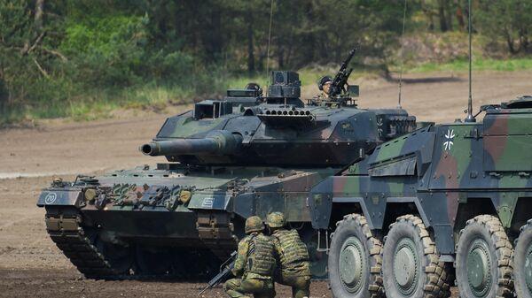 Танк Leopard  - Sputnik Беларусь