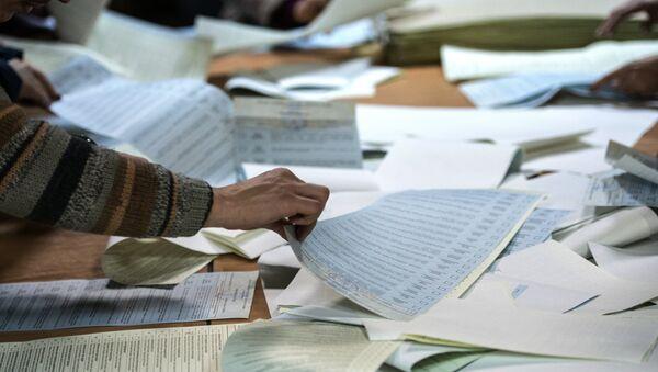 Подсчет голосов по результатам выборов - Sputnik Беларусь