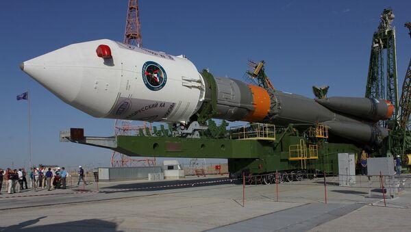 Вываз ракеты Саюз-ФГ са спадарожнікамі Канопус і БКА на старт - Sputnik Беларусь