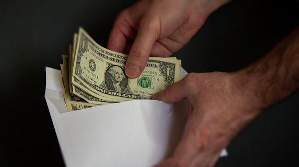 Деньги в конверте - Sputnik Беларусь
