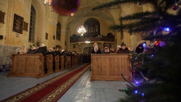 Благовещенский костел в Вишнево - Sputnik Беларусь