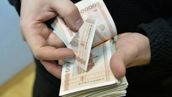 Белорусские рубли, архивное фото - Sputnik Беларусь