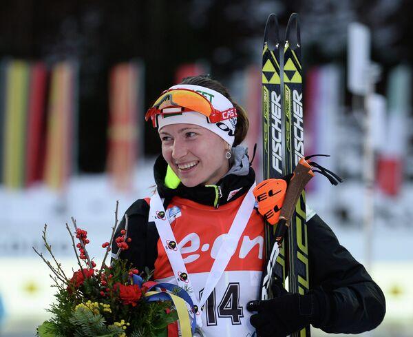 Дарья Домрачева, занявшая 2-е место место в спринте среди женщин на пятом этапе Кубка мира по биатлону - Sputnik Беларусь