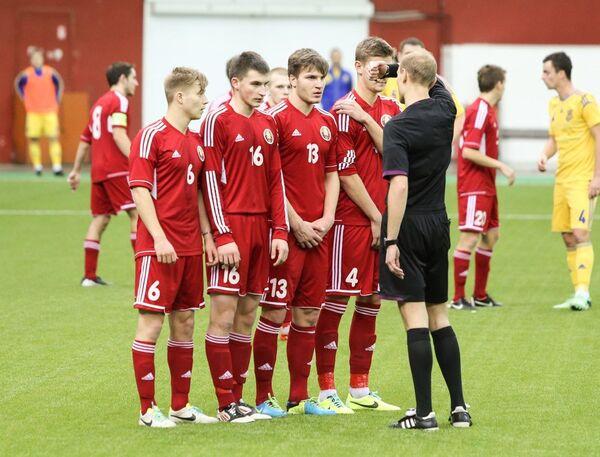 Футболисты белорусской молодежной сборной (U-19) - Sputnik Беларусь