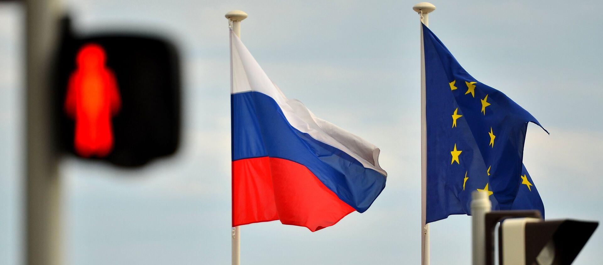 Флаги России и ЕС - Sputnik Беларусь, 1920, 08.02.2021