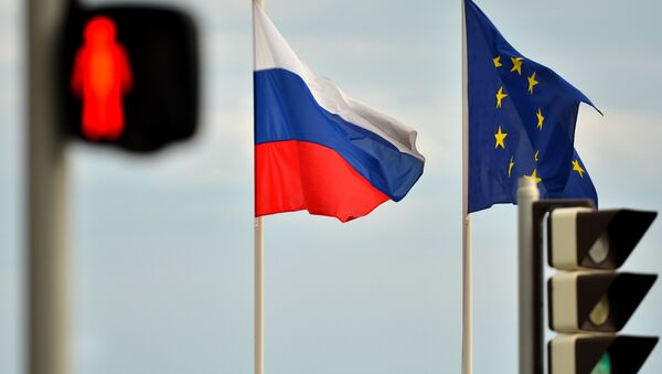 Флаги России и ЕС - Sputnik Беларусь