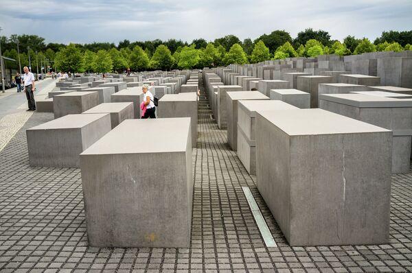 Мемориал жертвам холокоста в Берлине - Sputnik Беларусь