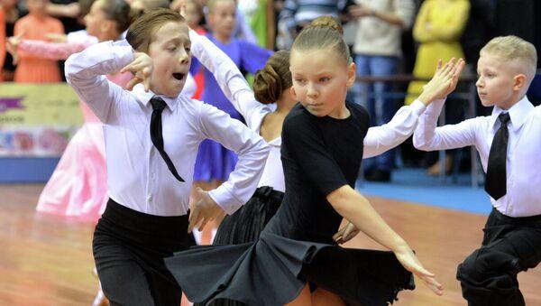 Выступление юных спортсменов на турнире по спортивным бальным танцам - Sputnik Беларусь