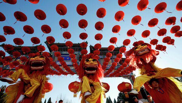 Традыцыйны кітайскі навагодні карнавал. Пекін, 18 лютага 2015 - Sputnik Беларусь