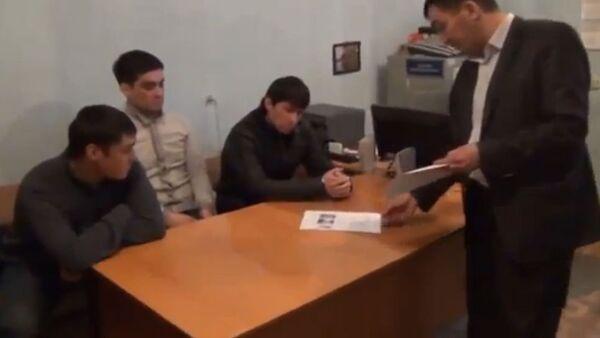 Допрос Гульжигита Абилазизова, свидетеля по делу убийства Алмамбета Анапияева в Минске - Sputnik Беларусь