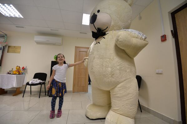 Один из обычаев праздника – это театральные, как правило, веселые, инсценировки Пуримшпили - Sputnik Беларусь