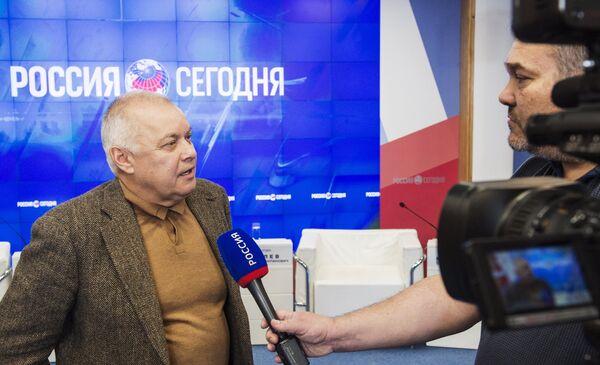 Адкрыцце прэс-цэнтра МІА Расія сення у Сімферопале - Sputnik Беларусь