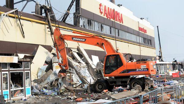 Разбор завалов на месте пожара в казанском торговом центре Адмирал - Sputnik Беларусь