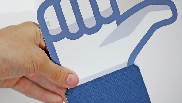 Значок Нравится социальной сети Facebook - Sputnik Беларусь