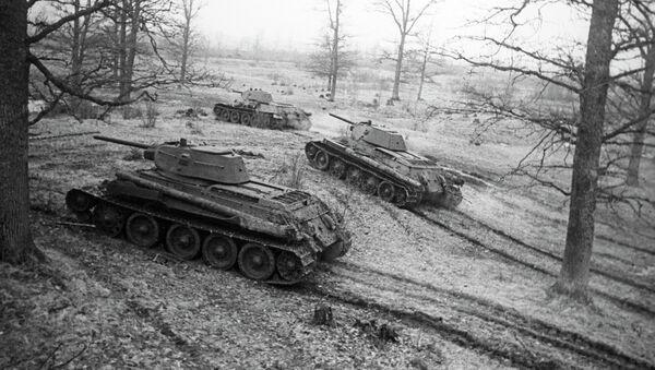 Танки Т-34 выходят на рубеж - Sputnik Беларусь