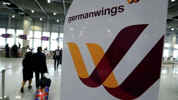 Логотип лоукоста Germanwings в аэропорту Дюссельдорфа - Sputnik Беларусь