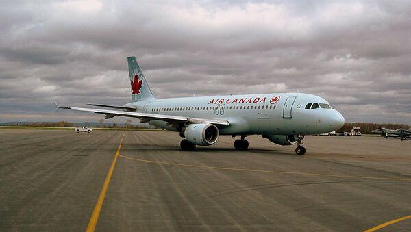 Air Canada Airbus A320, архивное фото - Sputnik Беларусь
