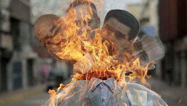 Пасхальное чучело с изображением Николоса Мадуро и других членов кабинета - Sputnik Беларусь