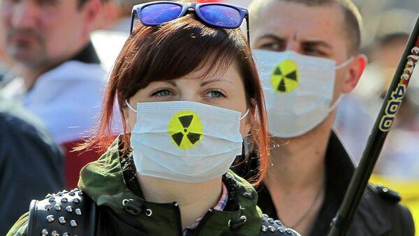 Шествие белорусской оппозиции, посвященное годовщине аварии на Чернобыльской АЭС - Sputnik Беларусь