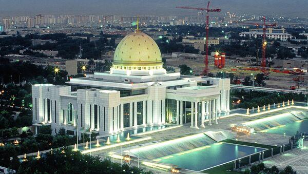 Вид на столицу Туркменистана Ашхабад - Sputnik Беларусь