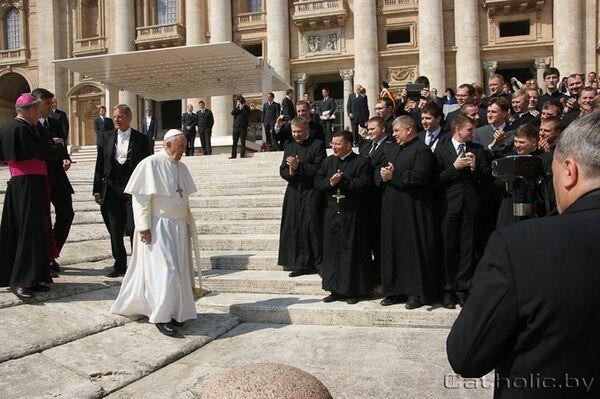 Белорусские католические паломники встретились в Риме с Понтификом - Sputnik Беларусь