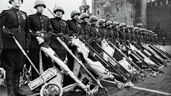 Парад Победы в 1945-м - Sputnik Беларусь