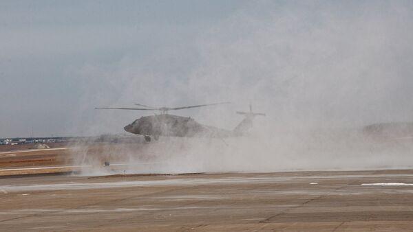 Вертолет в аэропорту столицы Косово, Приштине - Sputnik Беларусь