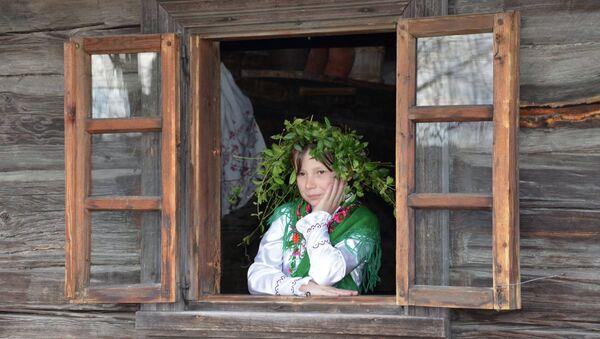 Девочка на народном празднике - Sputnik Беларусь