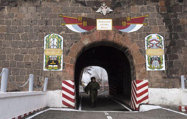 102-я российская военная база в Армении - Sputnik Беларусь