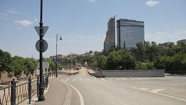 После наводнения в центре Тбилиси введены ограничения на дорогах - Sputnik Беларусь
