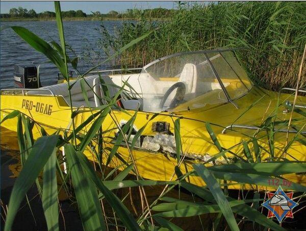 У Рагачоўскім раёне ў выніку сутыкнення лодкі і гідрацыкла адзін чалавек патануў, трое атрымалі траўмы - Sputnik Беларусь