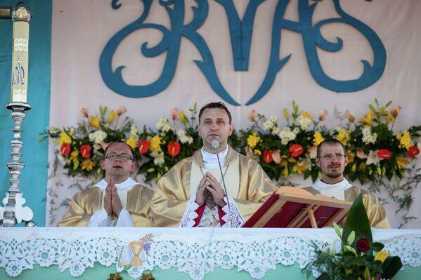 В рамках торжеств в Будславе состоялось и праздничное богослужение. - Sputnik Беларусь
