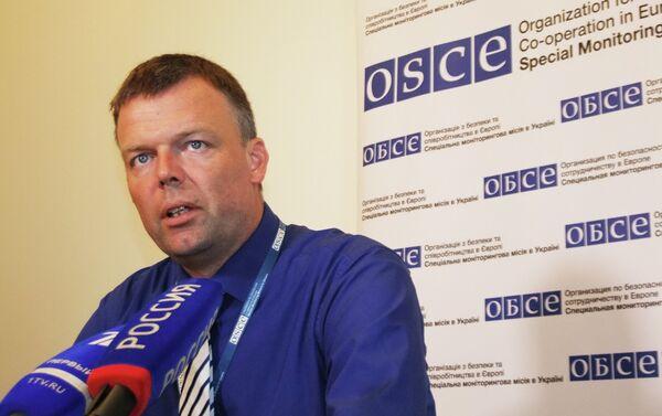 Прэс-канферэнцыя намесніка старшыні місіі АБСЕ на Украіне Аляксандра Хуга - Sputnik Беларусь