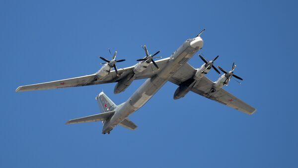 Стратэгічныя бамбавікі-ракетаносцы Ту-95МС, архіўнае фота - Sputnik Беларусь