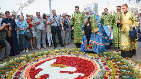 Торжества по случаю 90-летия основания и 25-летия возрождения Гомельской епархии - Sputnik Беларусь