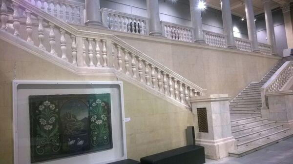 Центральная лестница в Национальном историческом музее - Sputnik Беларусь