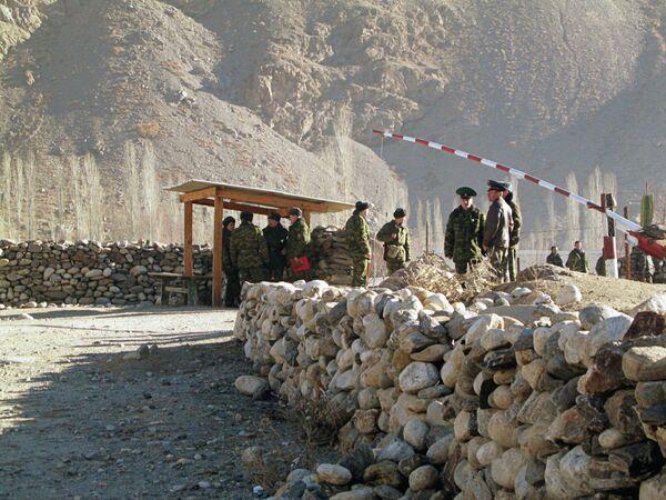Контрольно-пропускной пункт на границе Таджикистана - Sputnik Беларусь