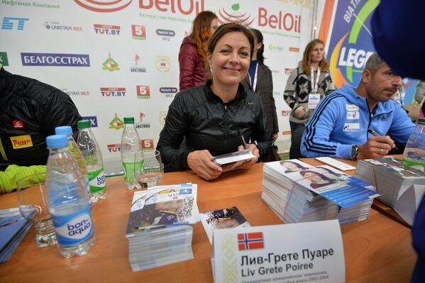 Лив-Грета Пуаре на автографсессии в Раубичах - Sputnik Беларусь