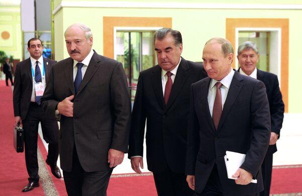 Перед началом заседания очередной сессии Совета коллективной безопасности ОДКБ в широком составе во Дворце Наций в Душанбе - Sputnik Беларусь