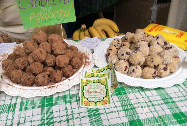Вегетарианские сладости на празднике Vulitsa.ezha - Sputnik Беларусь