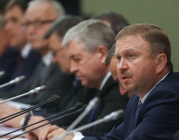 Андрей Кобяков (справа) на заседании Совета Министров Союзного государства - Sputnik Беларусь