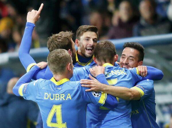 Игроки БАТЭ после гола на Борисов-Арене - Sputnik Беларусь