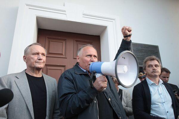 Лидеры белорусской ооппозиции: Некляев, Статкевич, Лебедько - Sputnik Беларусь
