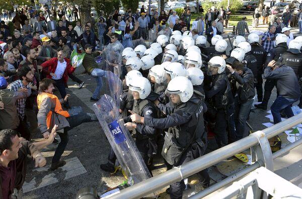 Акции протеста после теракта в Анкаре - Sputnik Беларусь