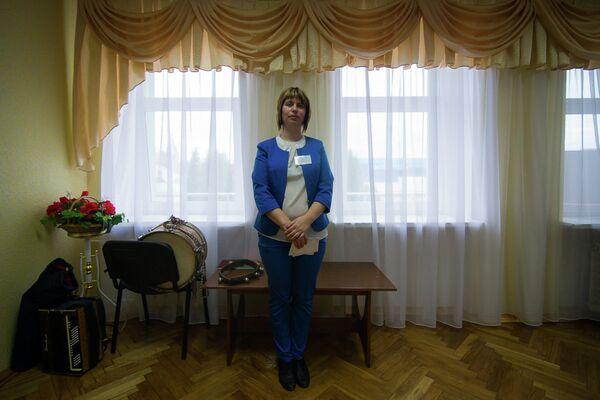 Председатель избирательной комиссии в Ракове - Sputnik Беларусь